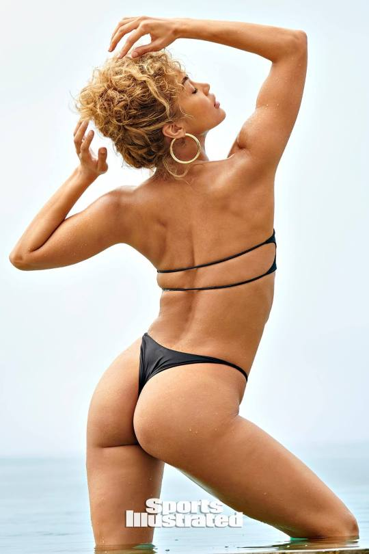 Jasmine Sanders Hot Si Photos