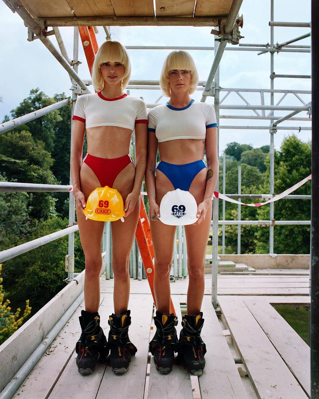 Kendall Jenner And Cara Delevigne Sexy Topless Pics