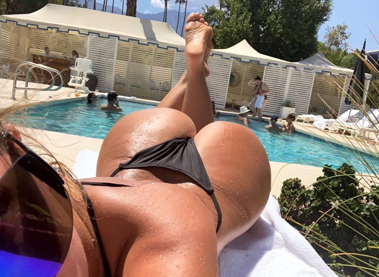 Aubrey Oday Fantastic Ass In Thong Bikini