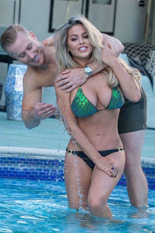 Bianca Gascoigne Big Boobs In Bikini