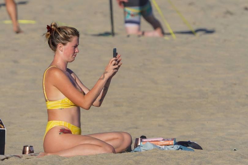 Ireland Baldwin Hot In Bikini