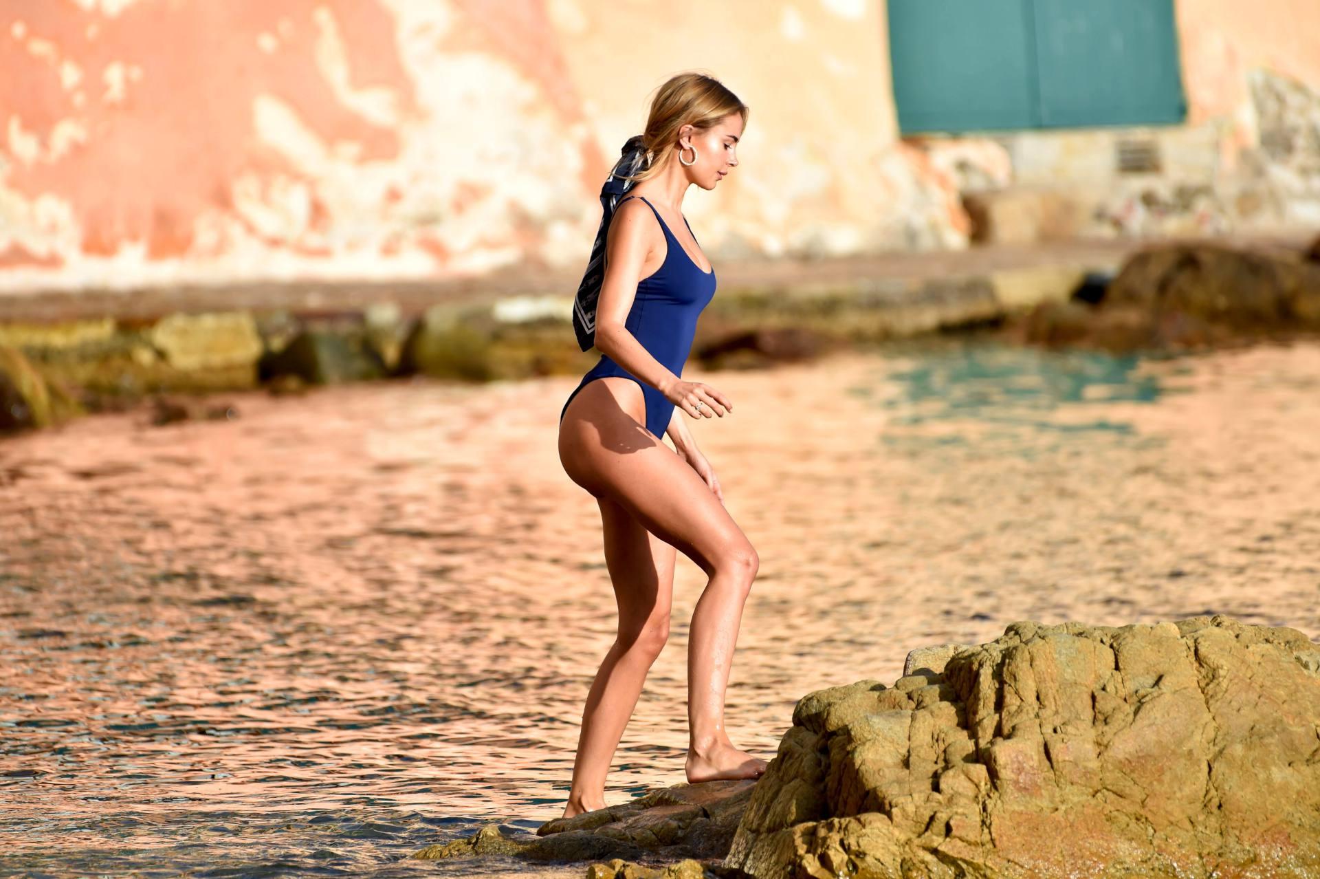 Kimberley Garner Perfect Body