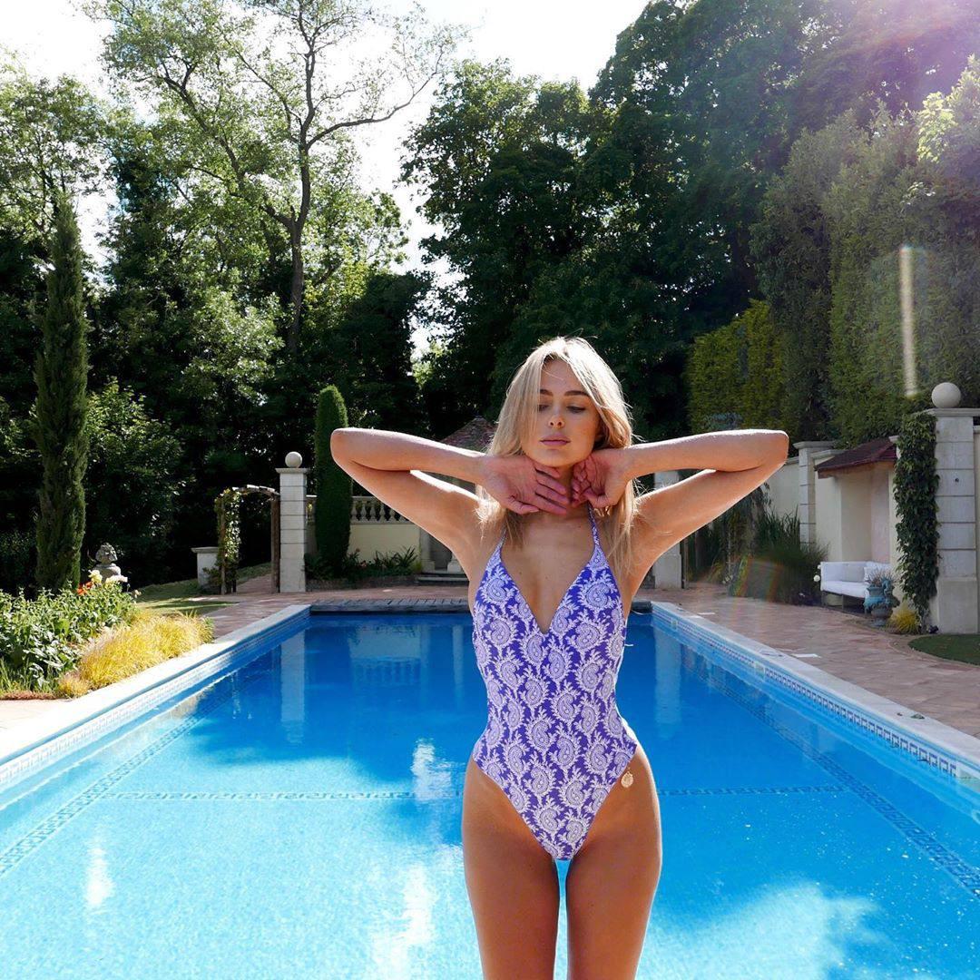 Kimberley Garner Sexy Swimsuit