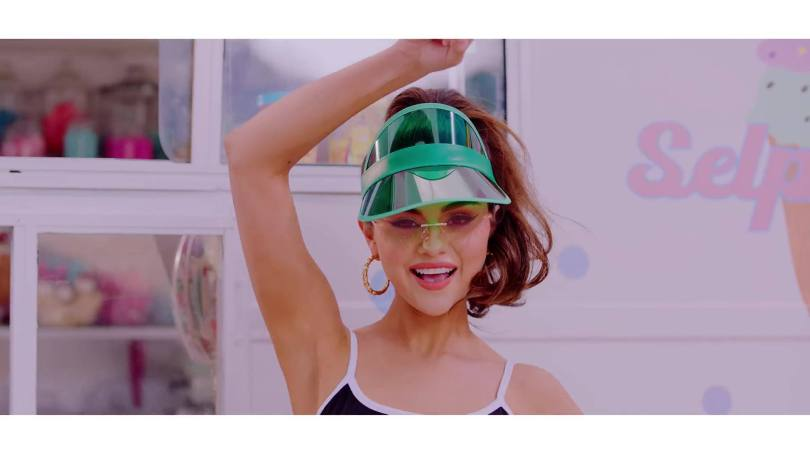 Seelna Gomez Sexy Music Video