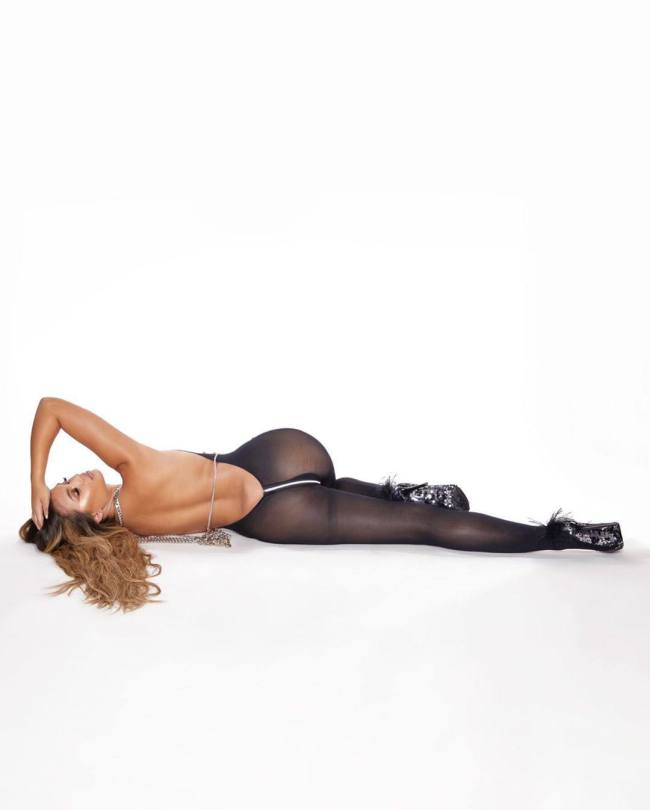 Sofia Jamora Sexy Body