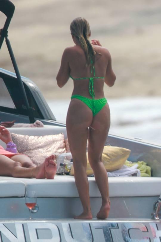 Sofia Richie Sexy In Bikini