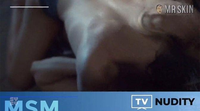 Shocking Syfy Lesbian Sex & Penelope Cruz's Massive Boobs!