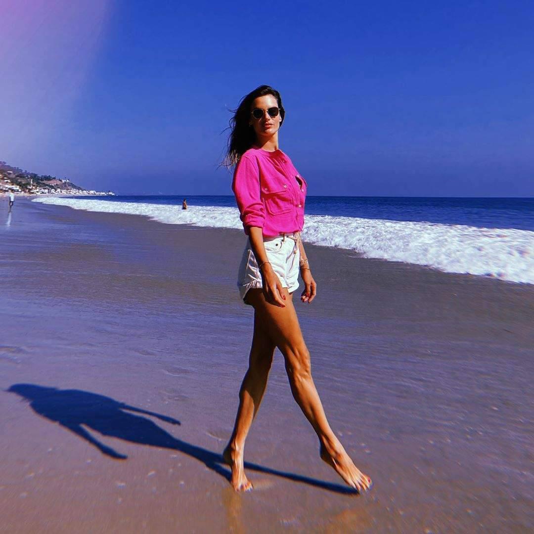Alessandra Ambrosio Leggy At Beach