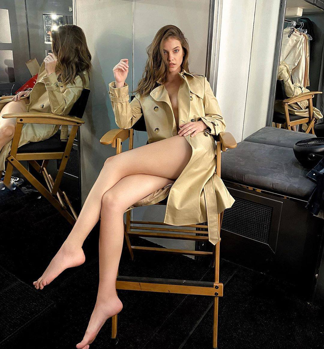Barbara Palvin Fantastic Legs