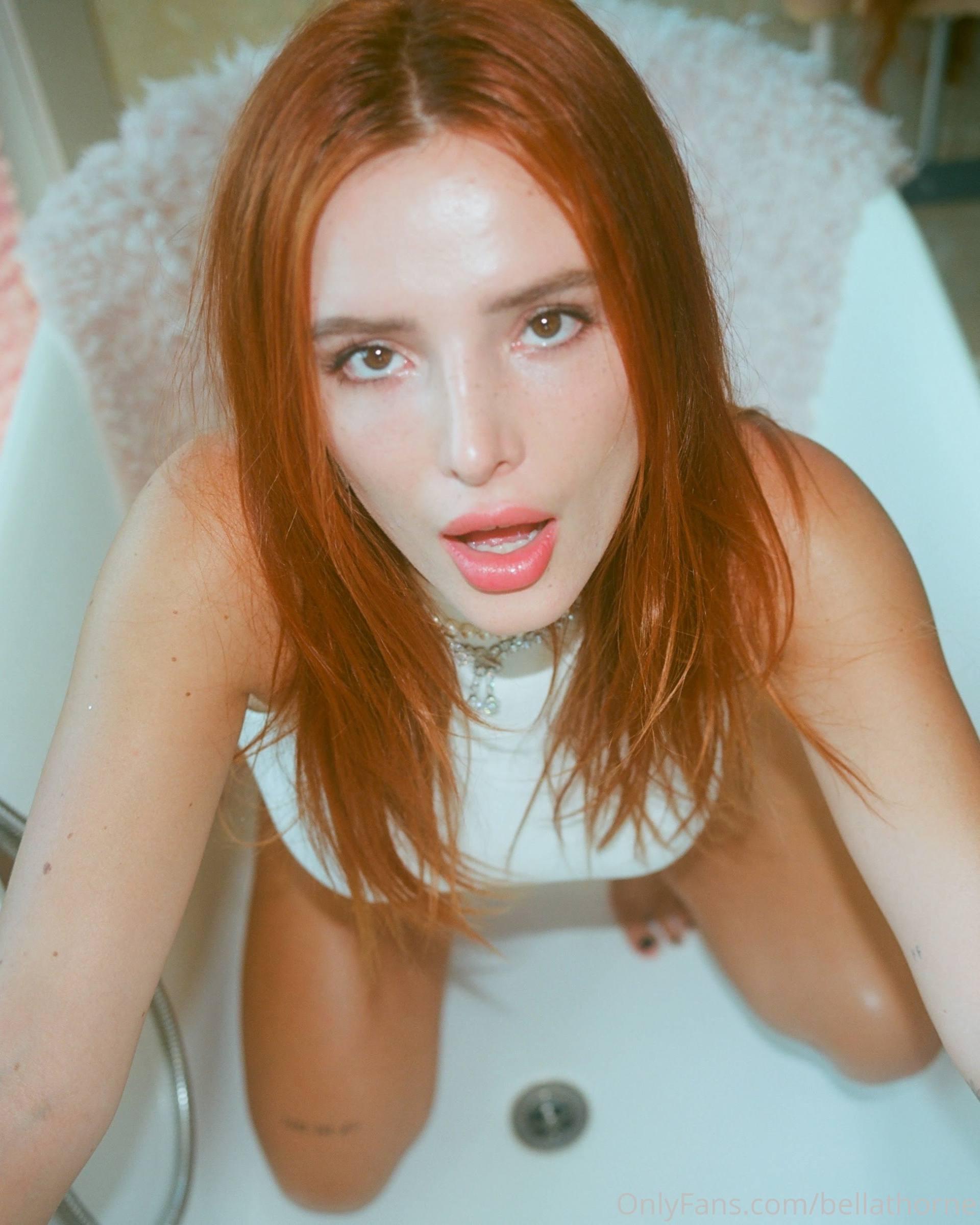Bella Thorne Hot Picture