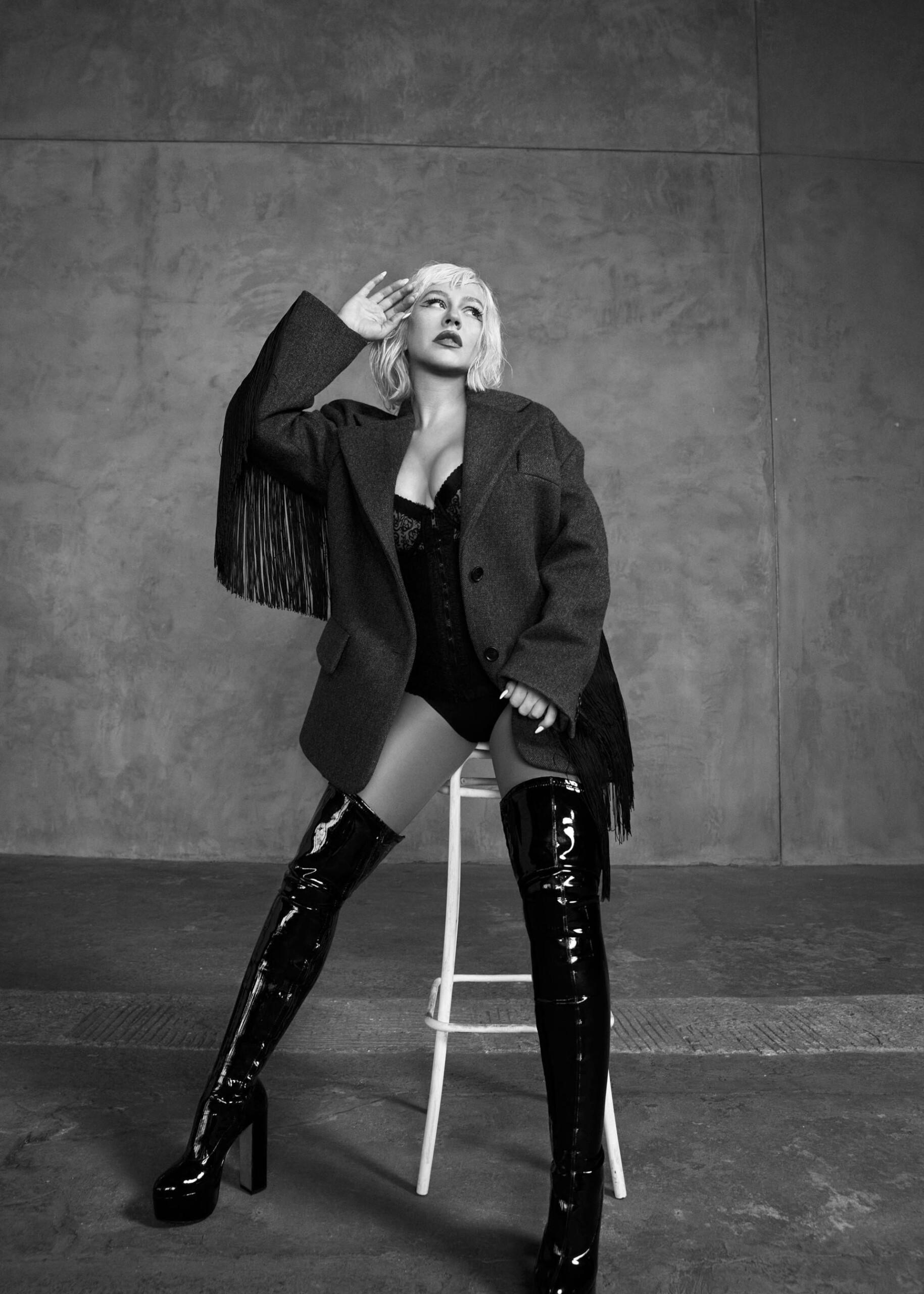 Christina Aguilera Sexy Boobs
