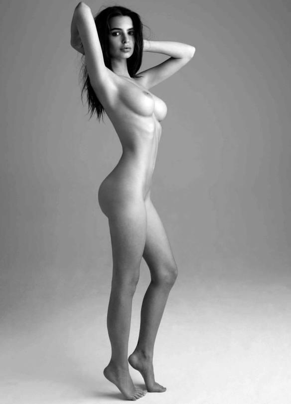 Emily Ratajkowski Nude Pics