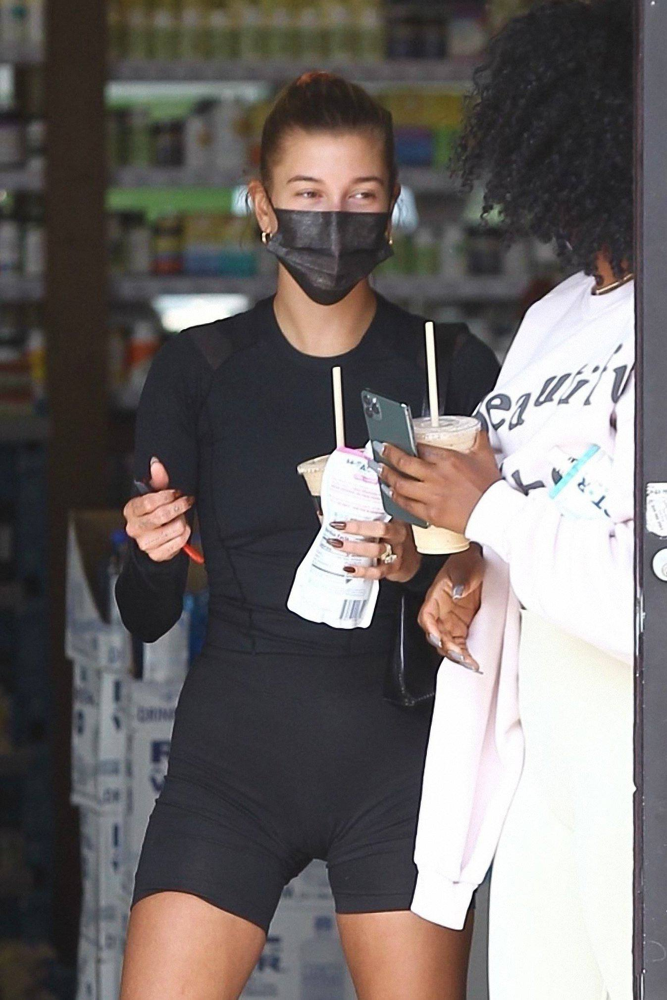 Hailey Bieber In Tight Leggings