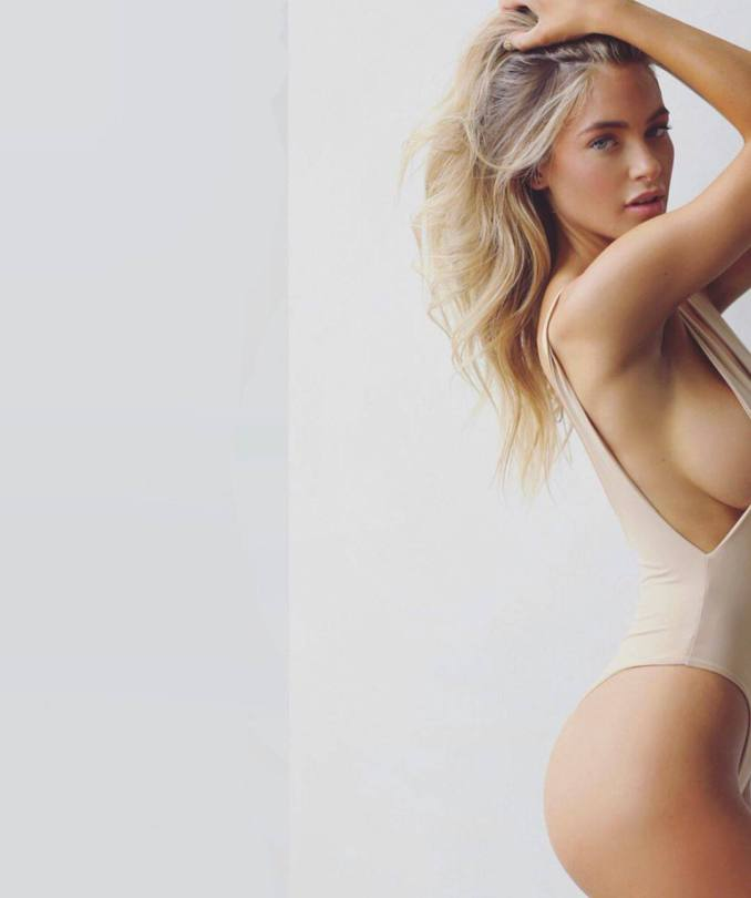 Hannah Palmer Sexy Boobs