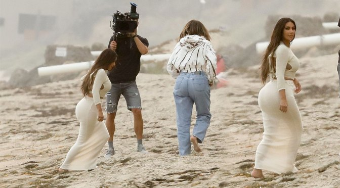 Kim Kardashian – Sexy Big Ass at the Beach on KUWTK Set in Malibu
