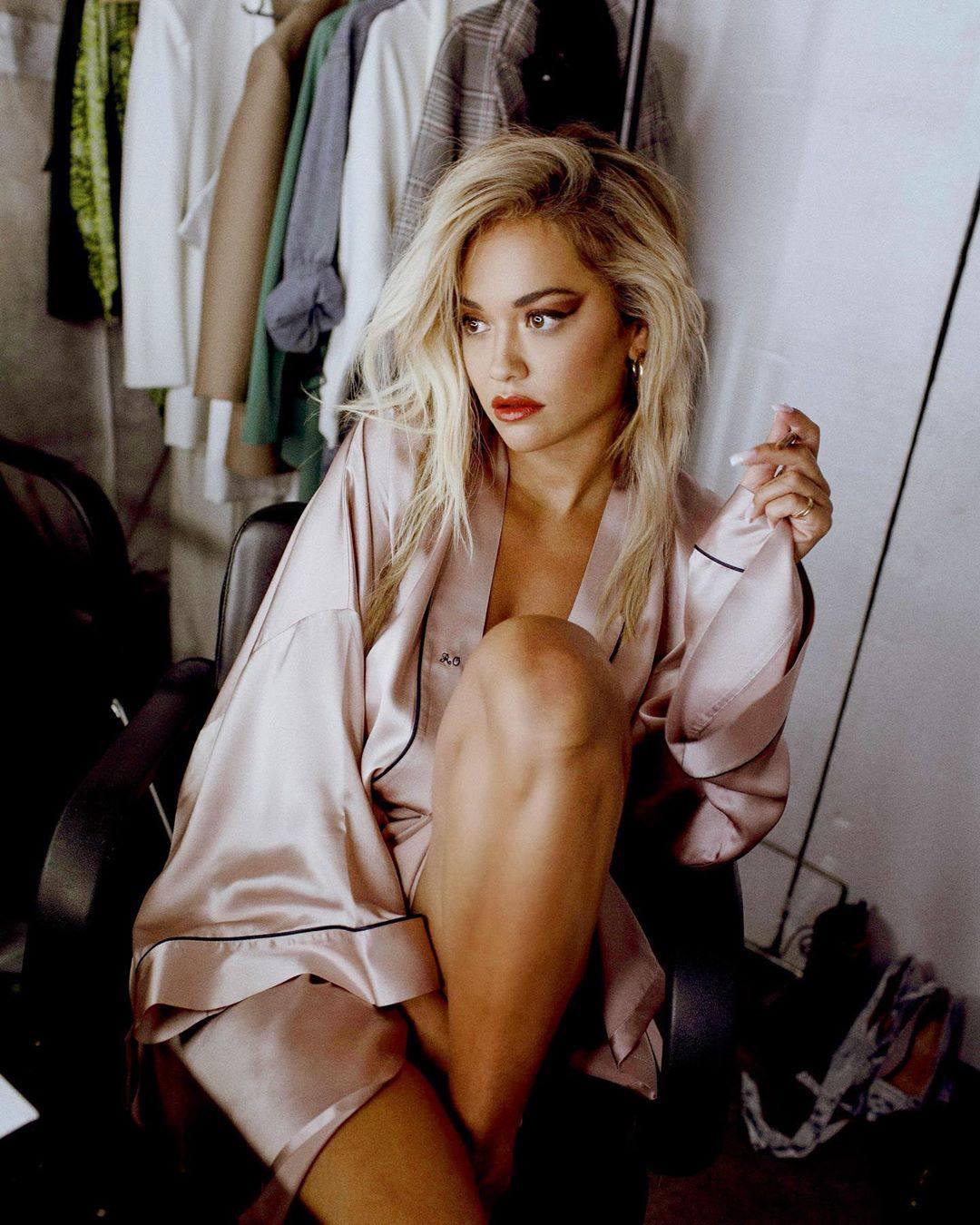 Rita Ora Sexy In Robe