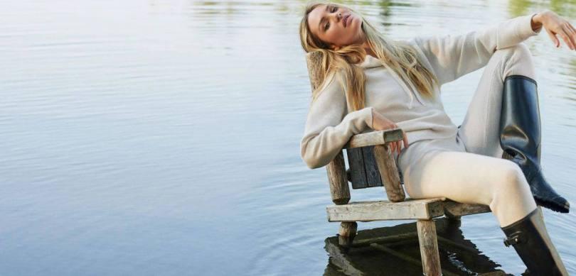 Candice Swanepoel Beautiful Photoshoot