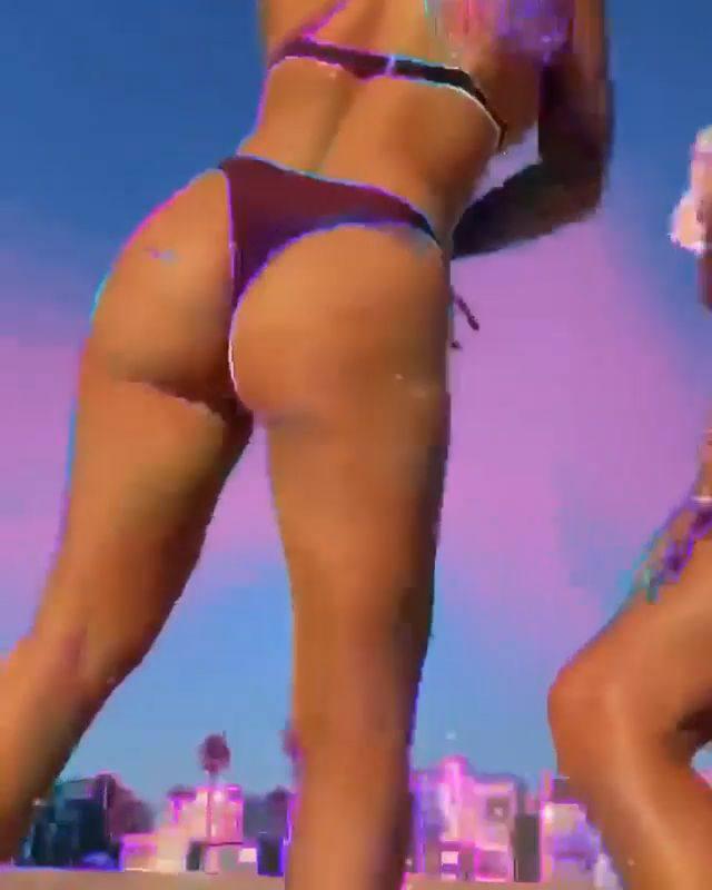 Chanel West Coast Big Twerking Ass