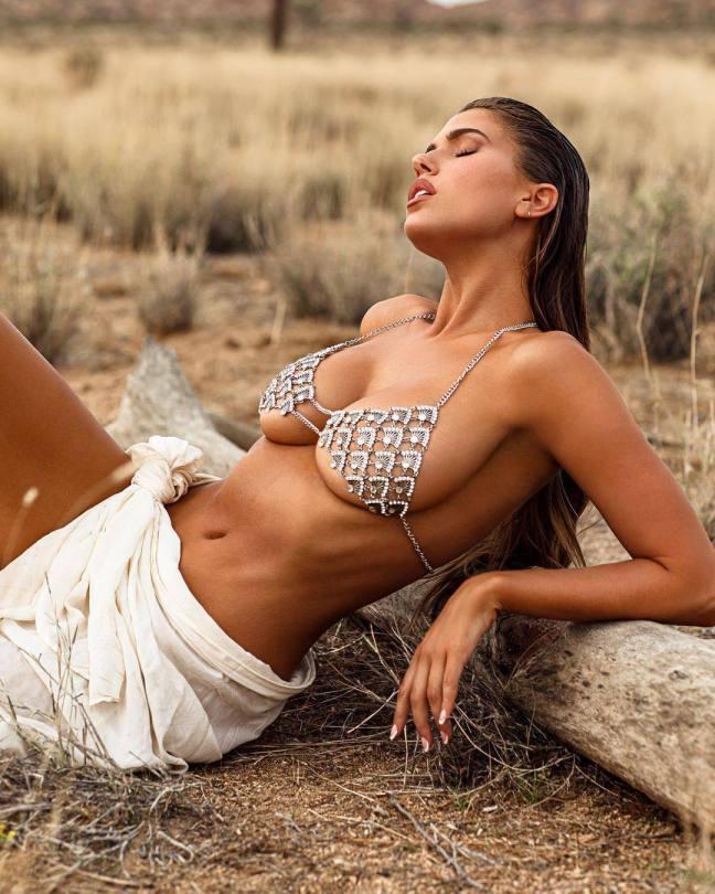 Kara Del Toro Naked Body