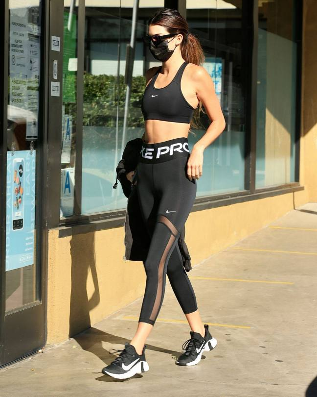 Kendall Jenner Sexy Toned Body