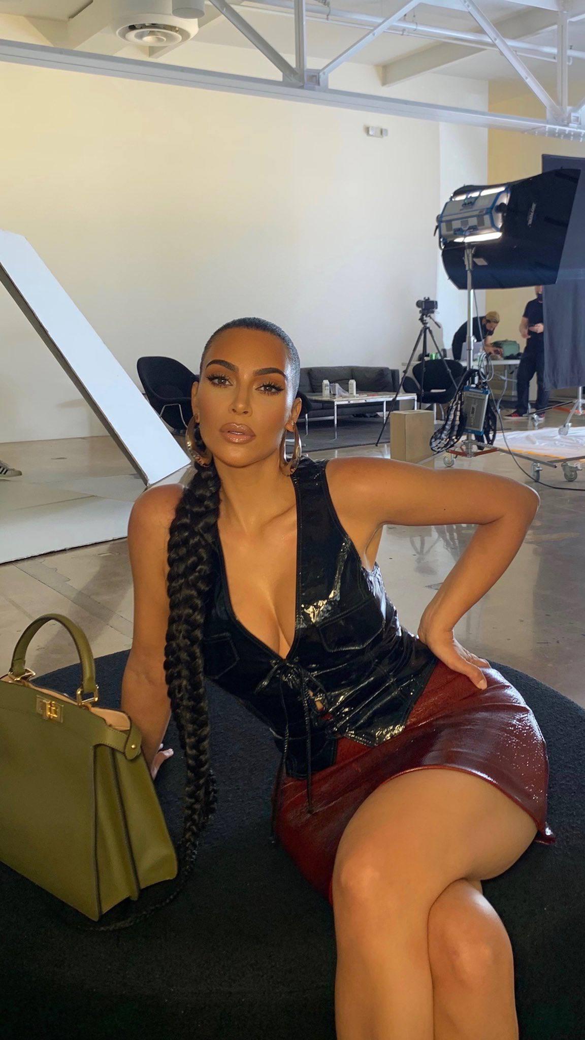 Kim Kardashian Leggy And Cleavagy