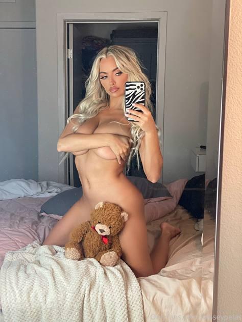 Lindsey Pelas Topless Selfie