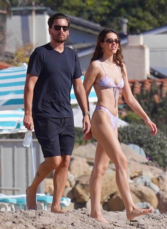 Amelia Hamlin In Sexy Bikini