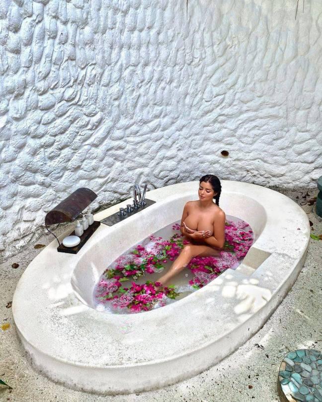Demi Rose Mawby Topless In Bath