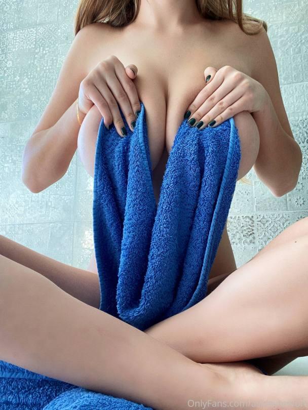 Ashley Trevort Huge Tits