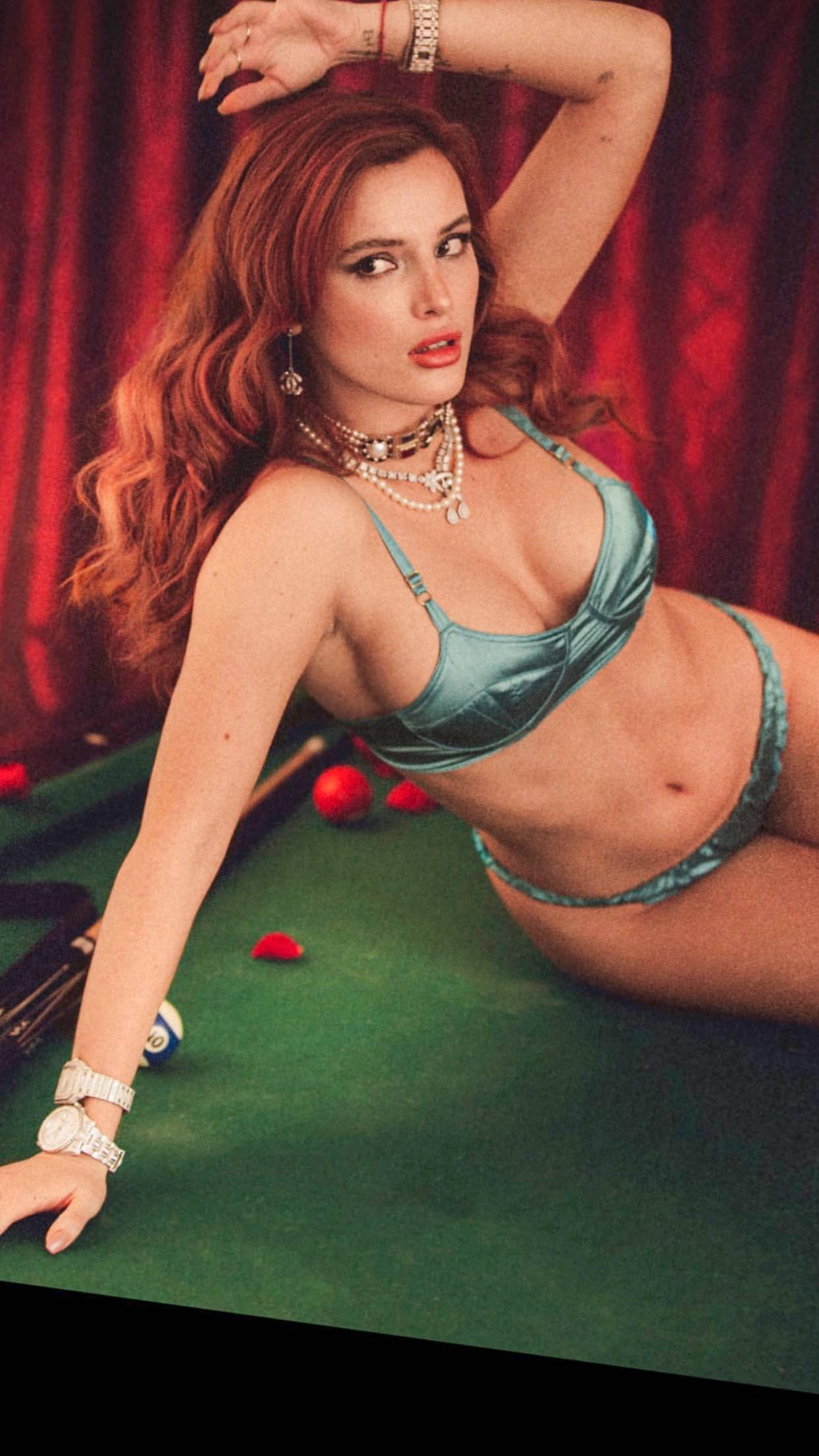 Bella Thorne In Underwear