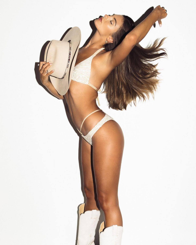 Carmella Rose Sexy Cowgirl