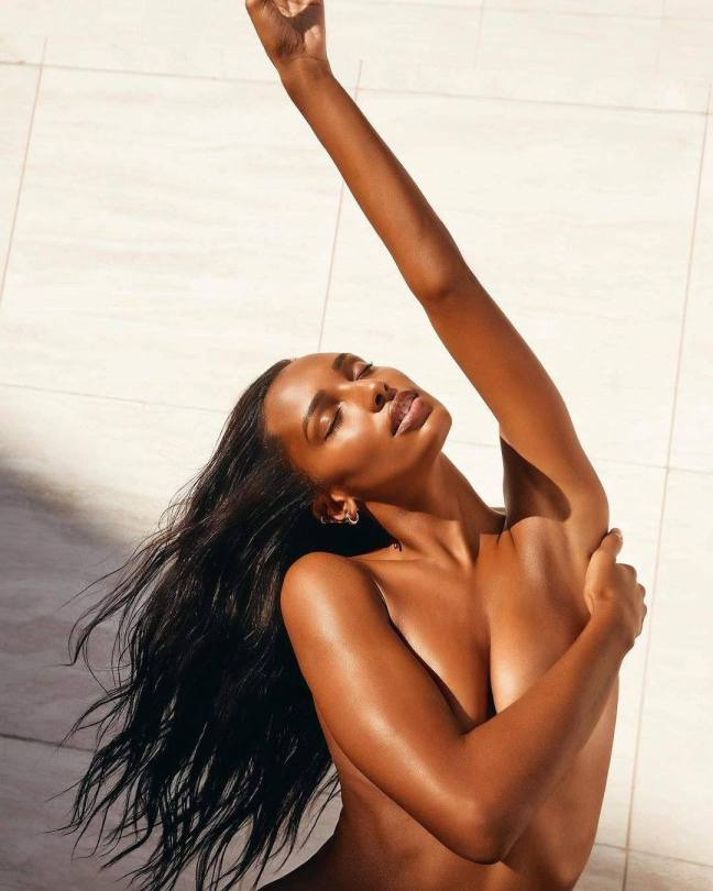 Jasmine Tookes Beautiful Topless Pics