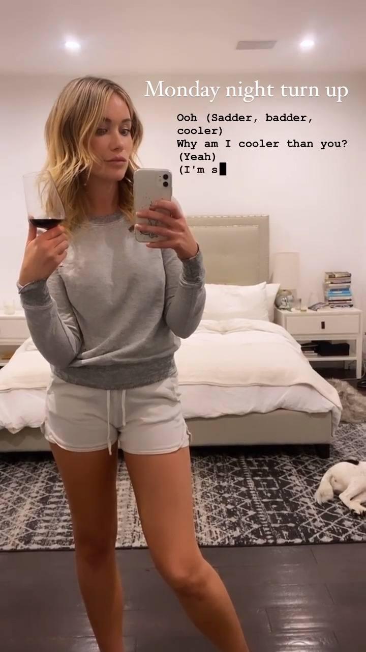 Katrina Bowden In Sexy Tiny Shorts