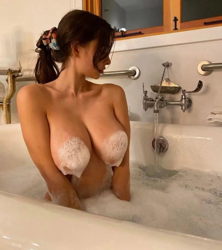 Sophie Mudd Big Boobs