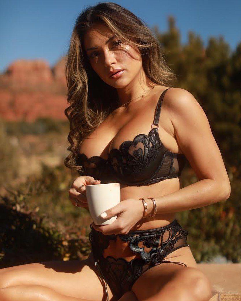Ariadny Celeste Hot In Black Lingerie