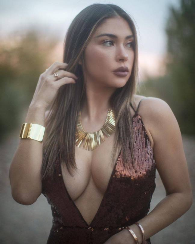 Arianny Celeste Big Boobs