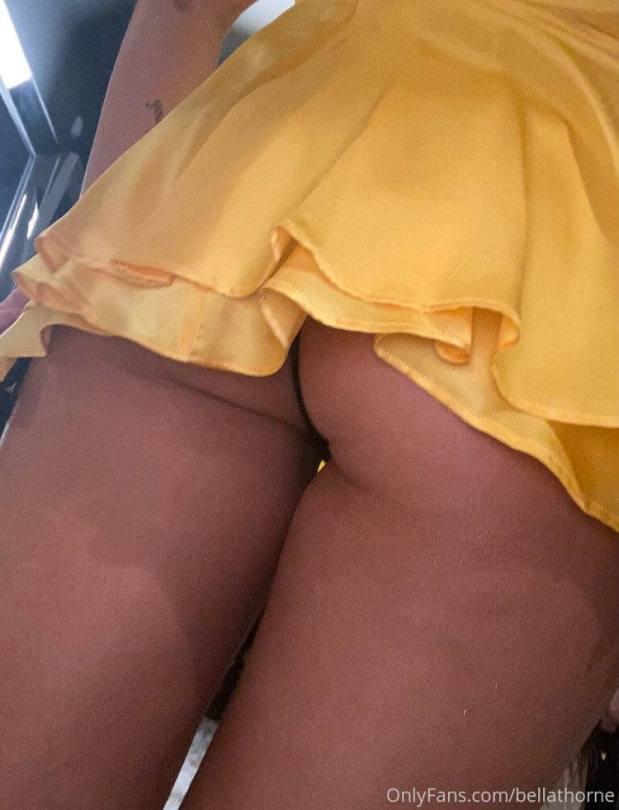 Bella Thorne Ass In Thong