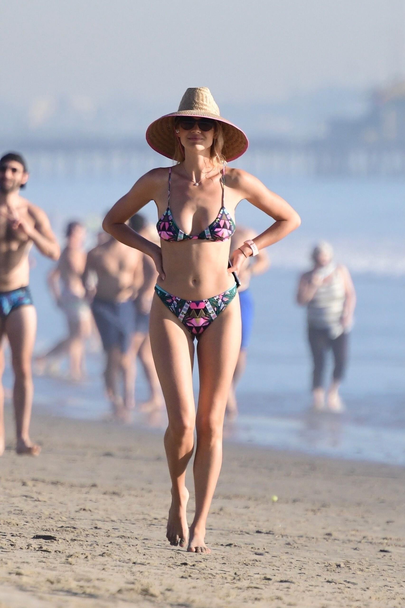 Kelly Rohrbach In Small Bikini