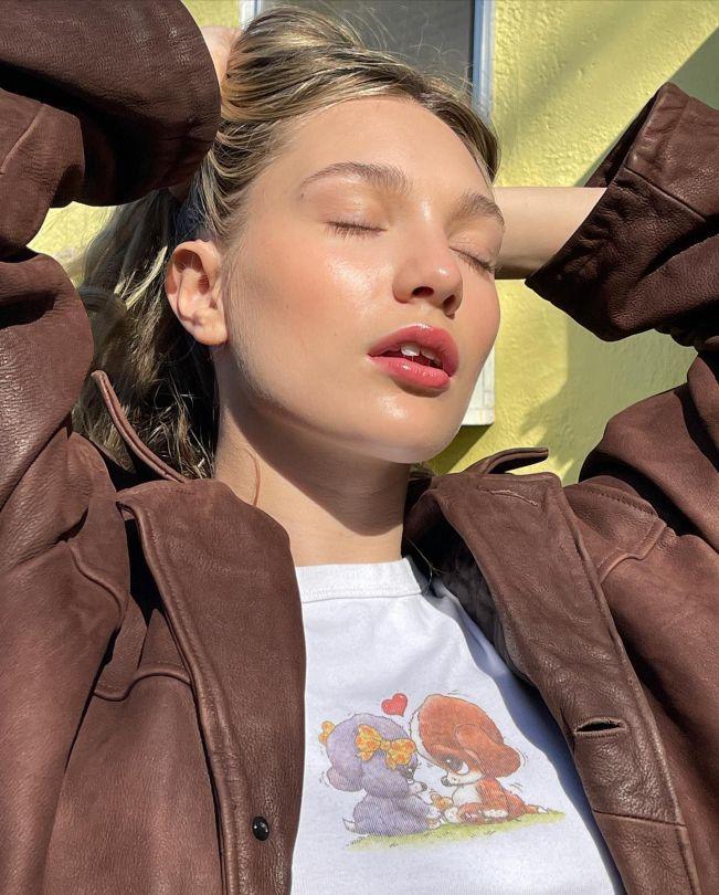Maddie Ziegler Beautiful Photoshoot