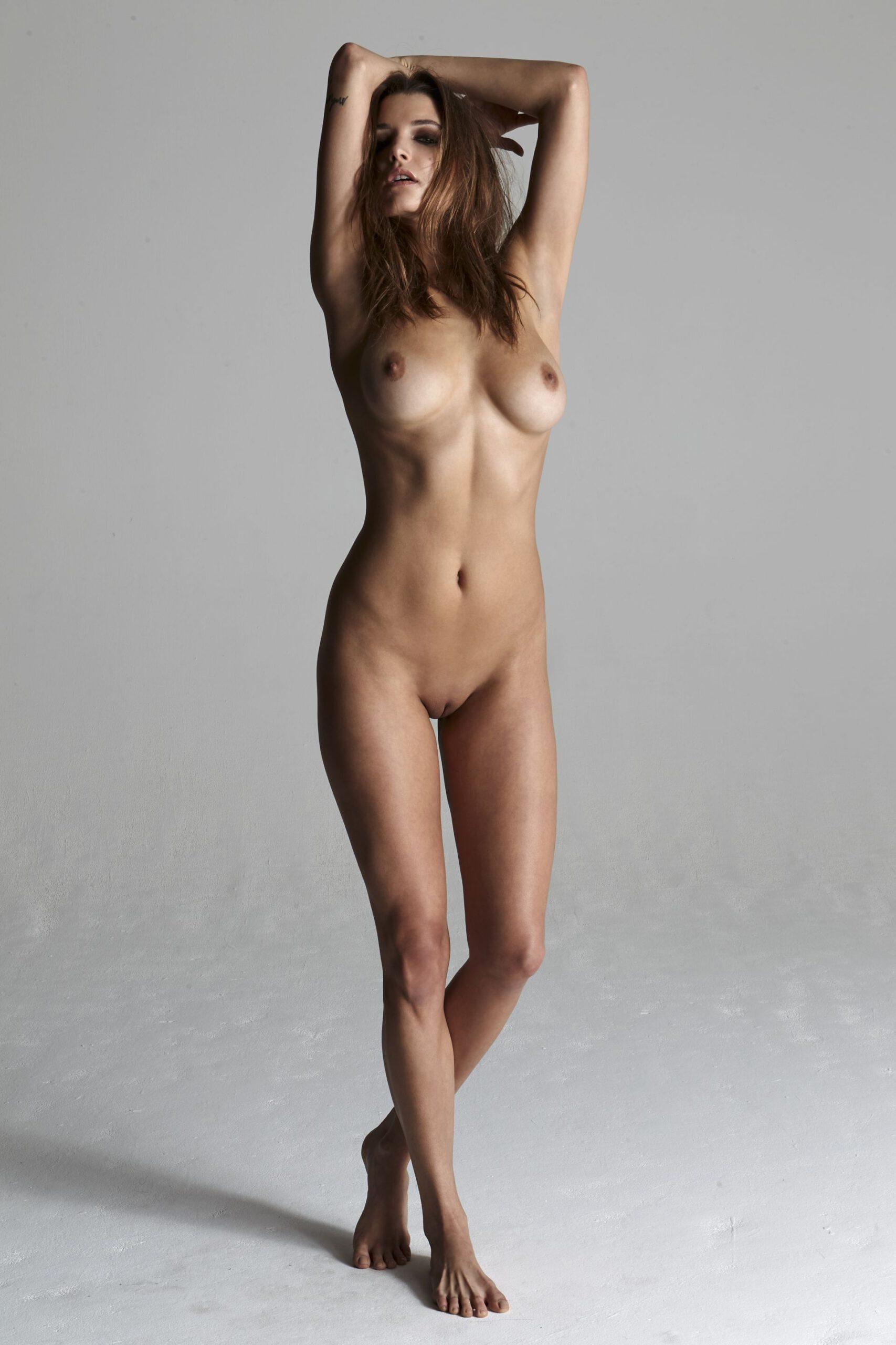 Alyssa arce nackt bilder