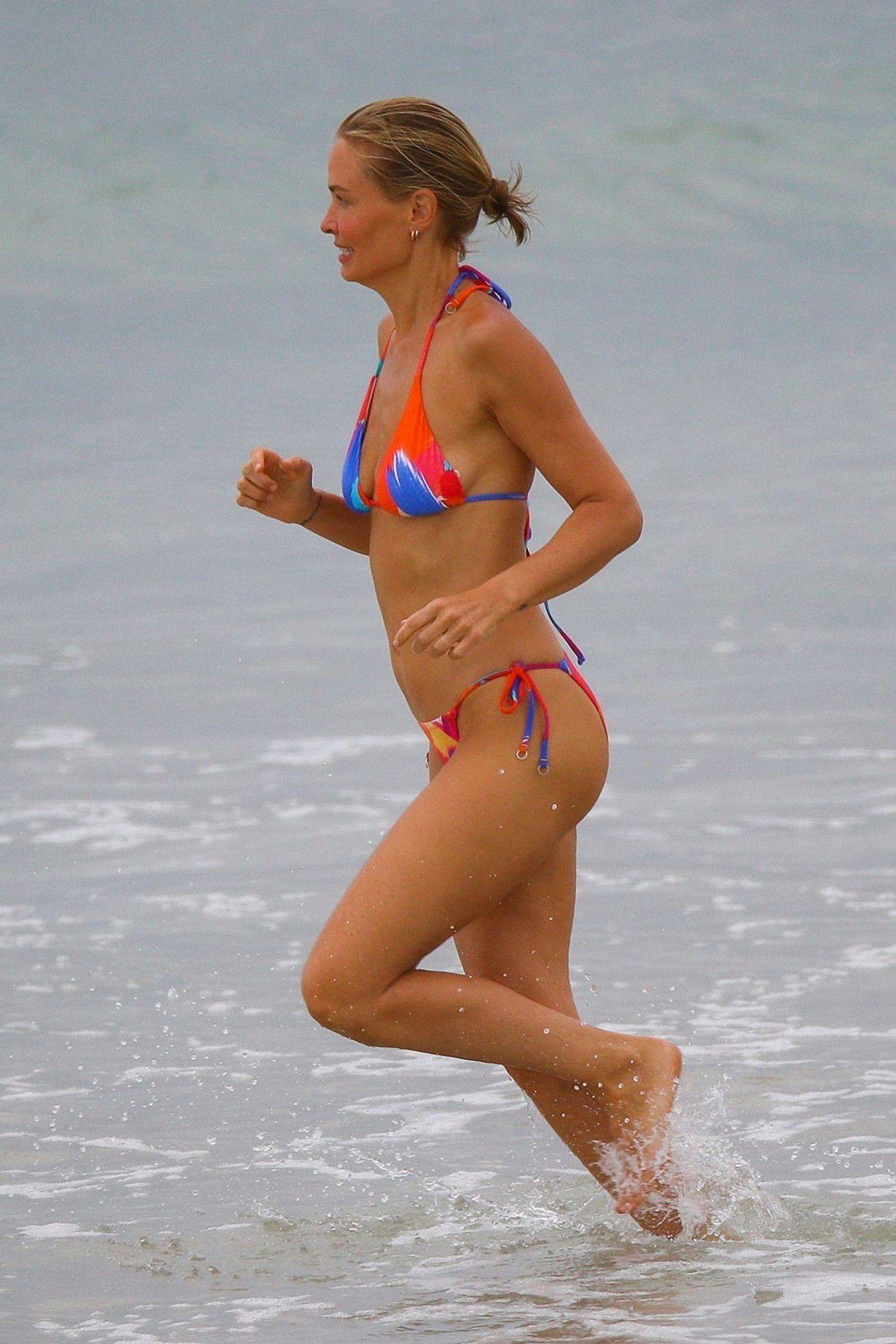 Lara Bingle In Bikini