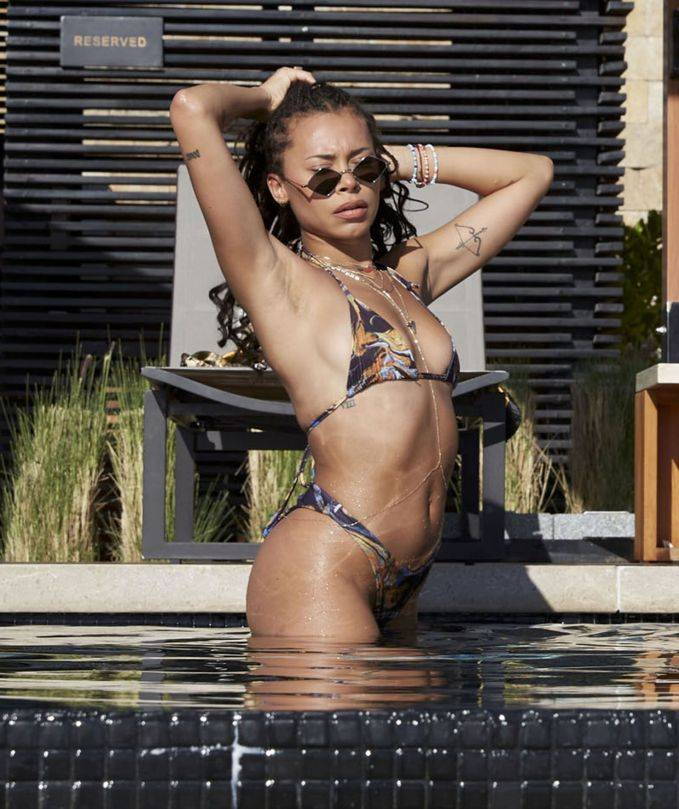 Lottie Moss And Sahara Ray In Bikini