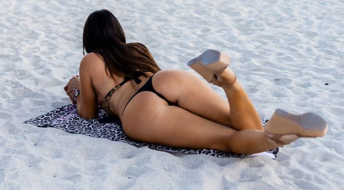 Claudia Romani – Perfect Ass in a Thong Bikini on the beach in Miami