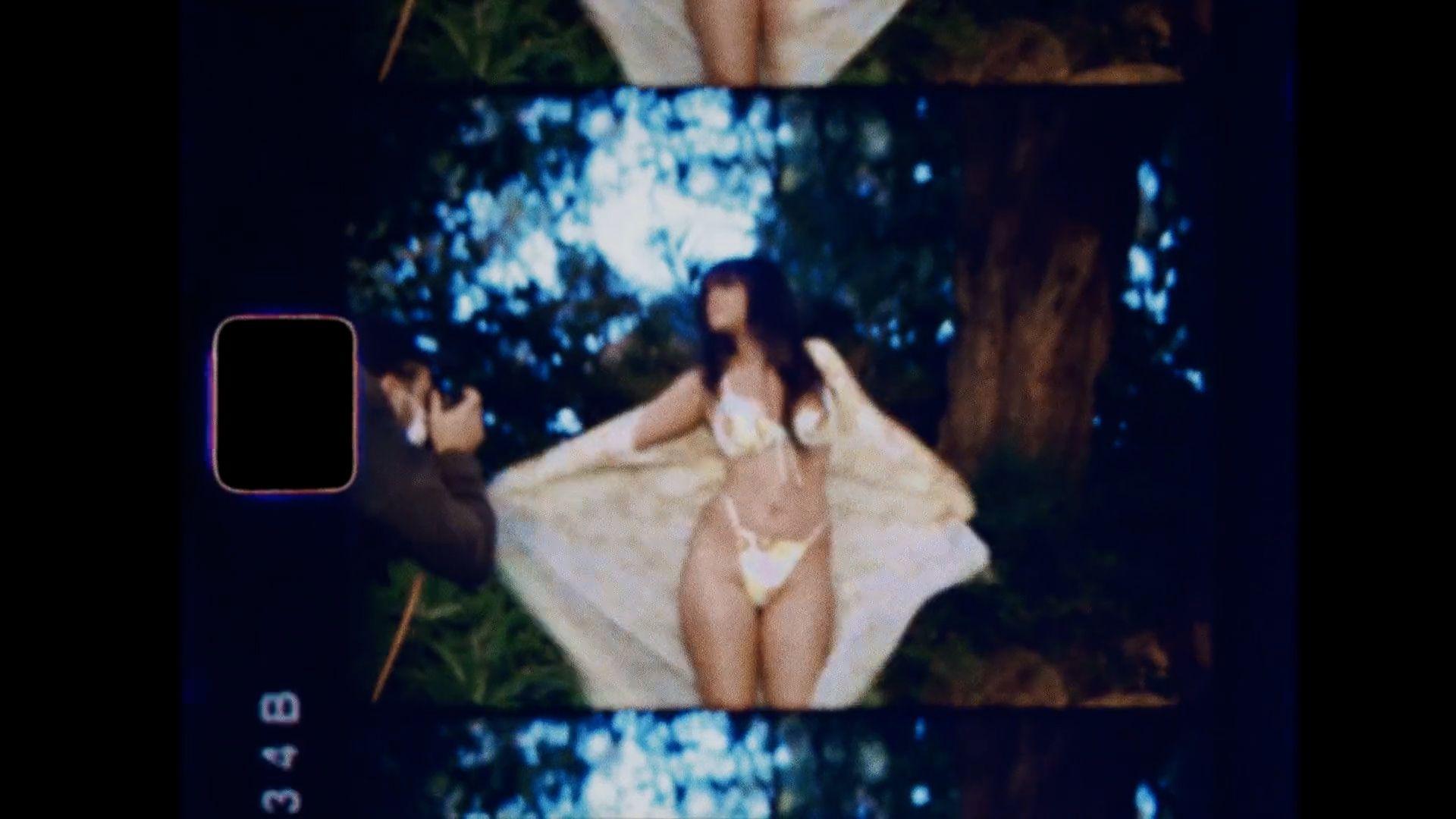 Rihanna Sexy Body