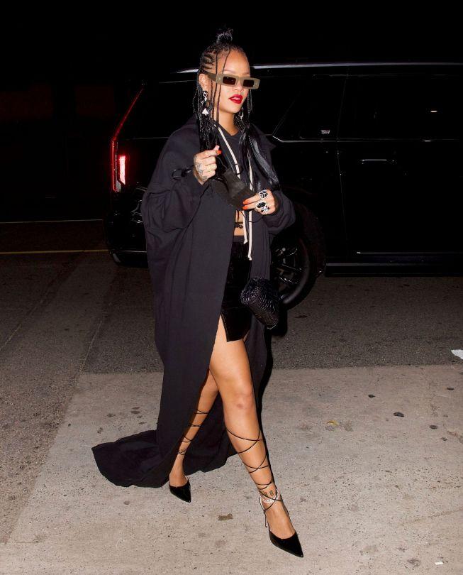 Rihanna In Tiny Mini Skirt