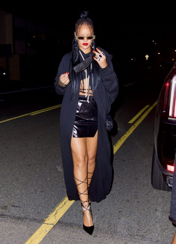 Rihanna In Tiny Mini Skirt