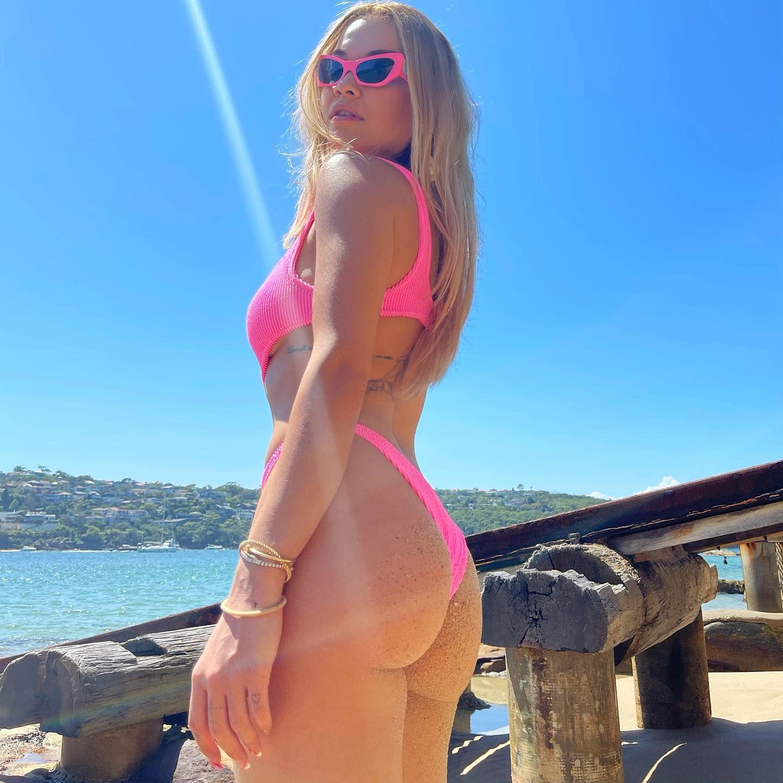 Rita Ora Fantastic Ass