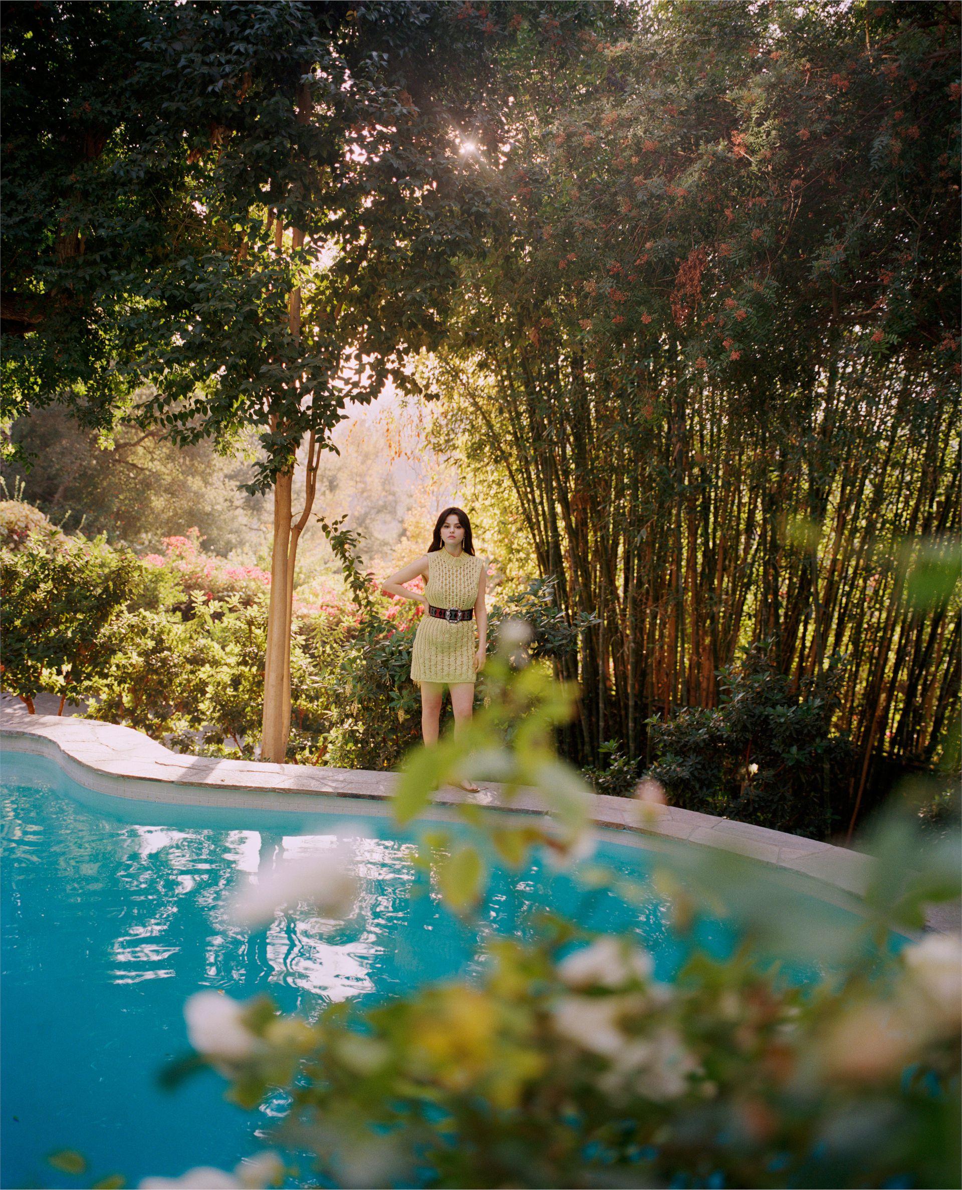 Selena Gomez Sexy Pics