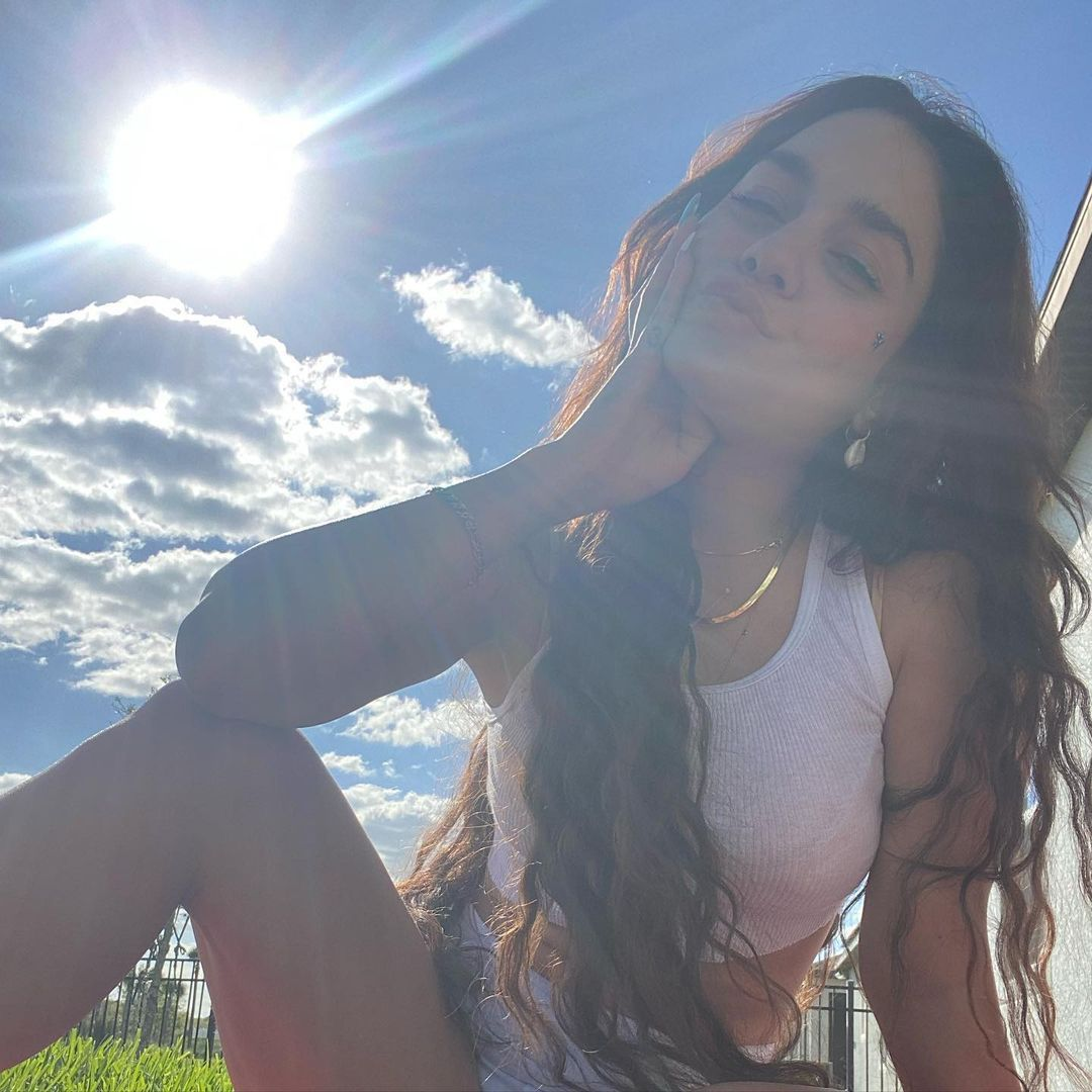 Vanessa Hudgens Beautiful Pic