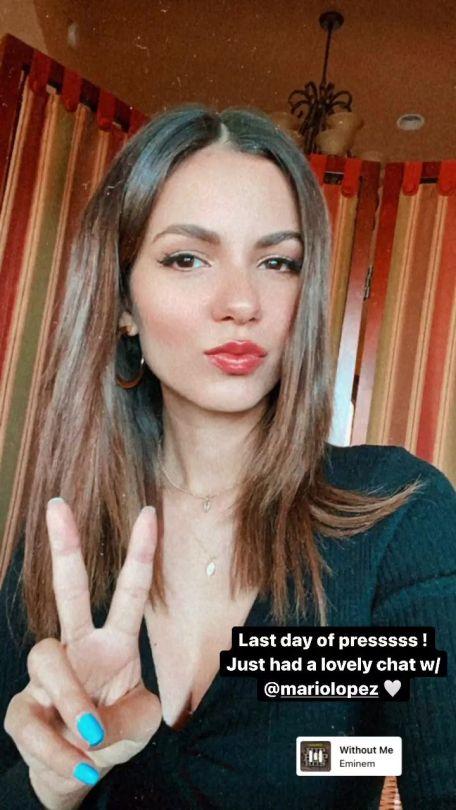 Victoria Justice Beautiful Selfie